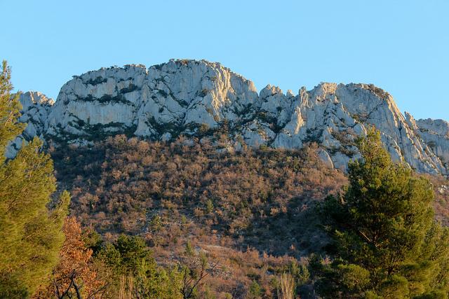 Rocher St Julien en face nord