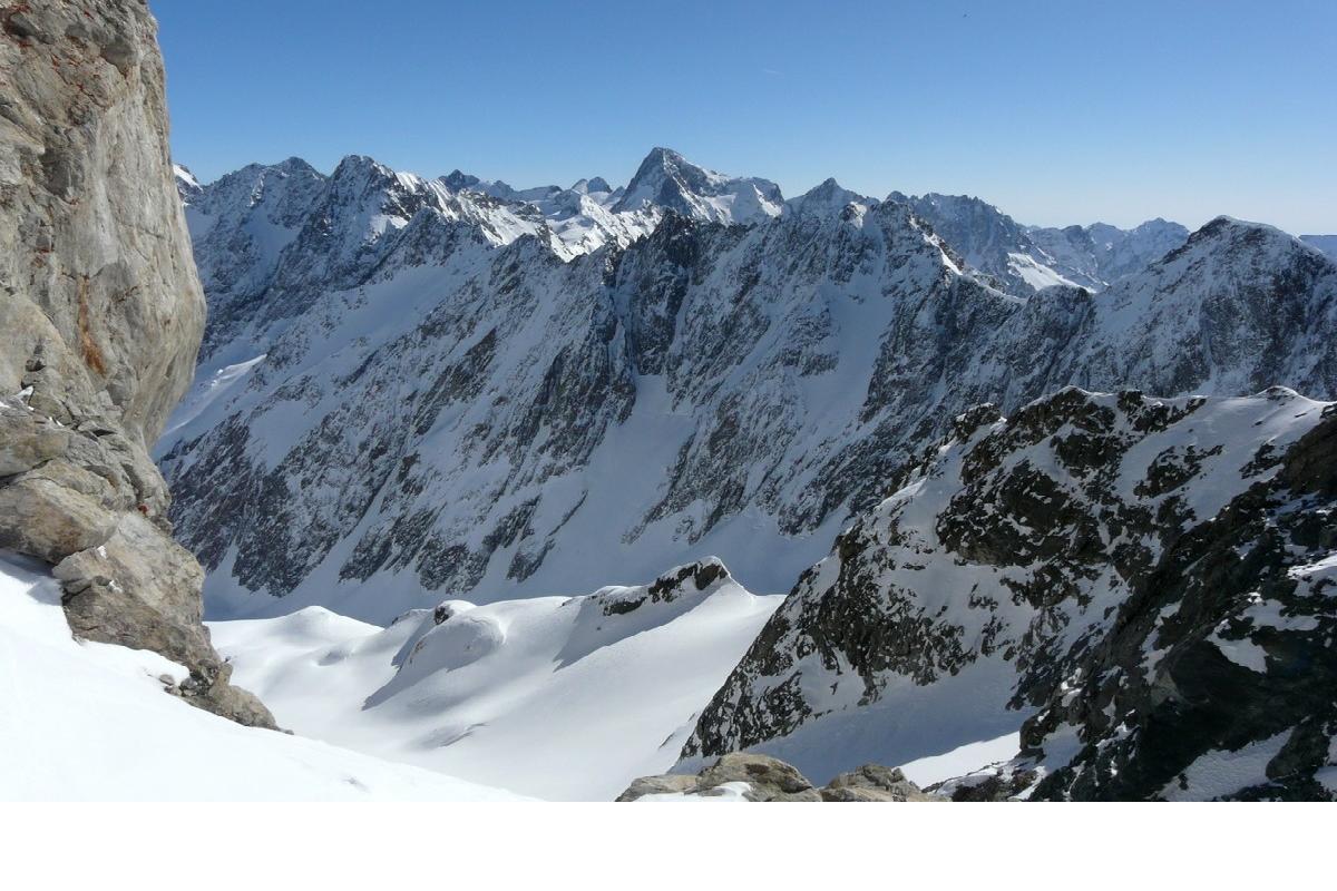 Week end ski de randonnée Les Rouies 3589m (Ecrins) avec bivouac sous tente